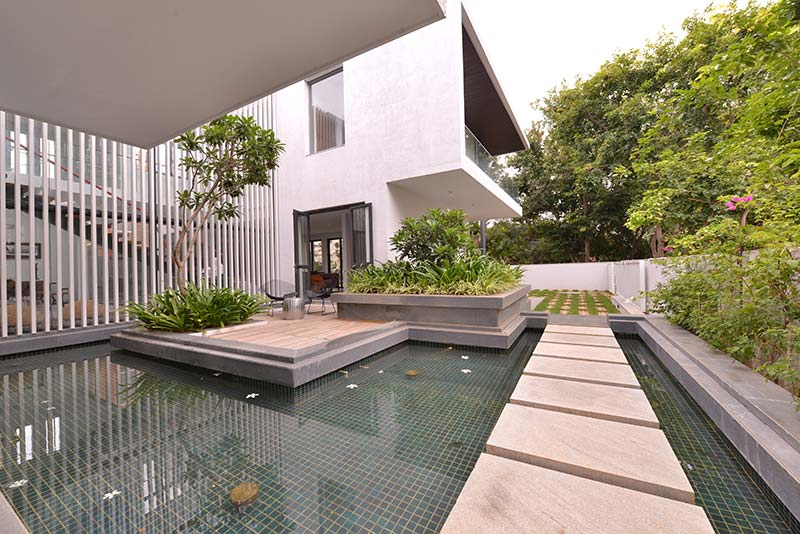 Architect Abin Chaudhuri courtyard house