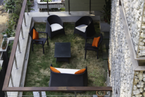 kindred-house-first-floor-terrace-garden