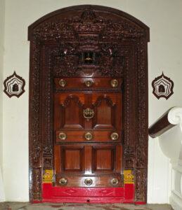 3_main-entry-doorthalai-vaasal