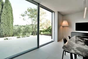 3-laminam_villa_interior_calceavorio-1-min