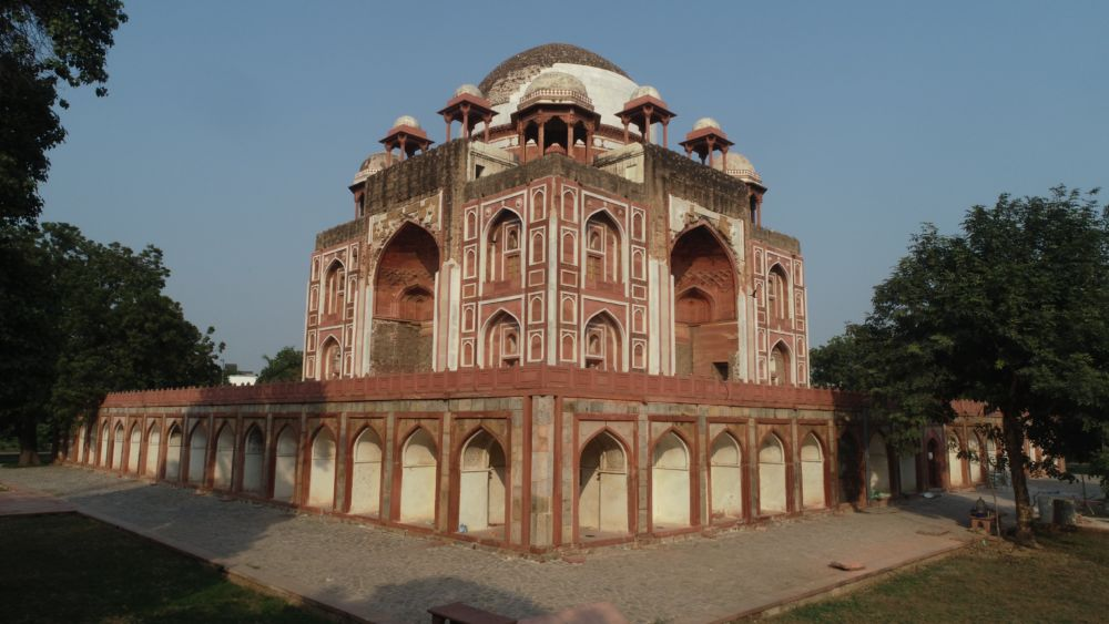 The restoration of Rahim's Tomb